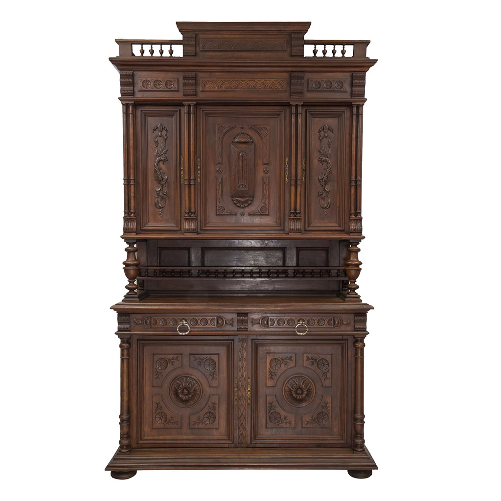 Auction of French Forniture